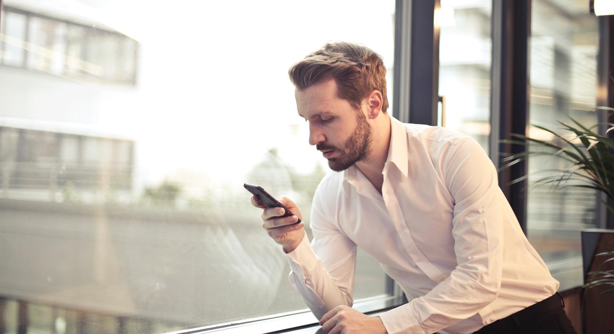Hvornår skal HR-Chefen sende sikker mail